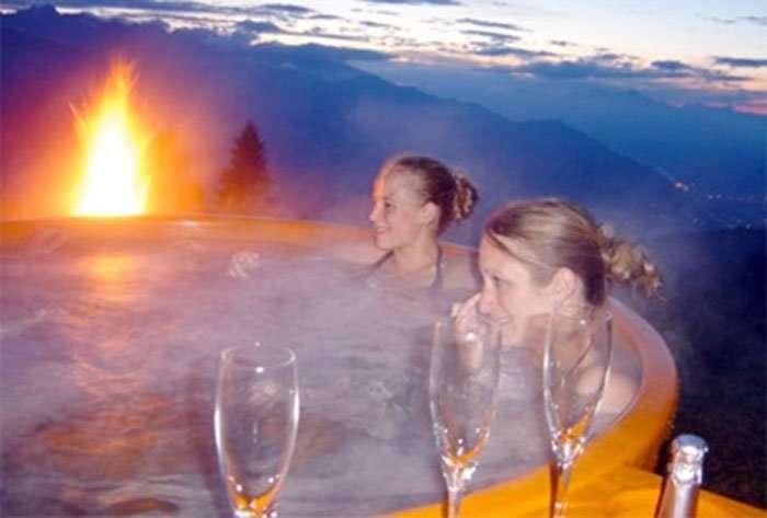 hot-tub-enjoy-good-bath