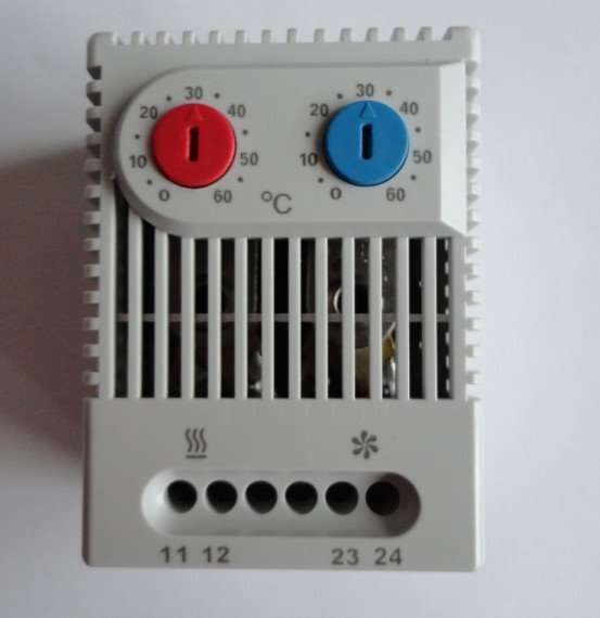 Adjustable Thermostat for cooling and heating
