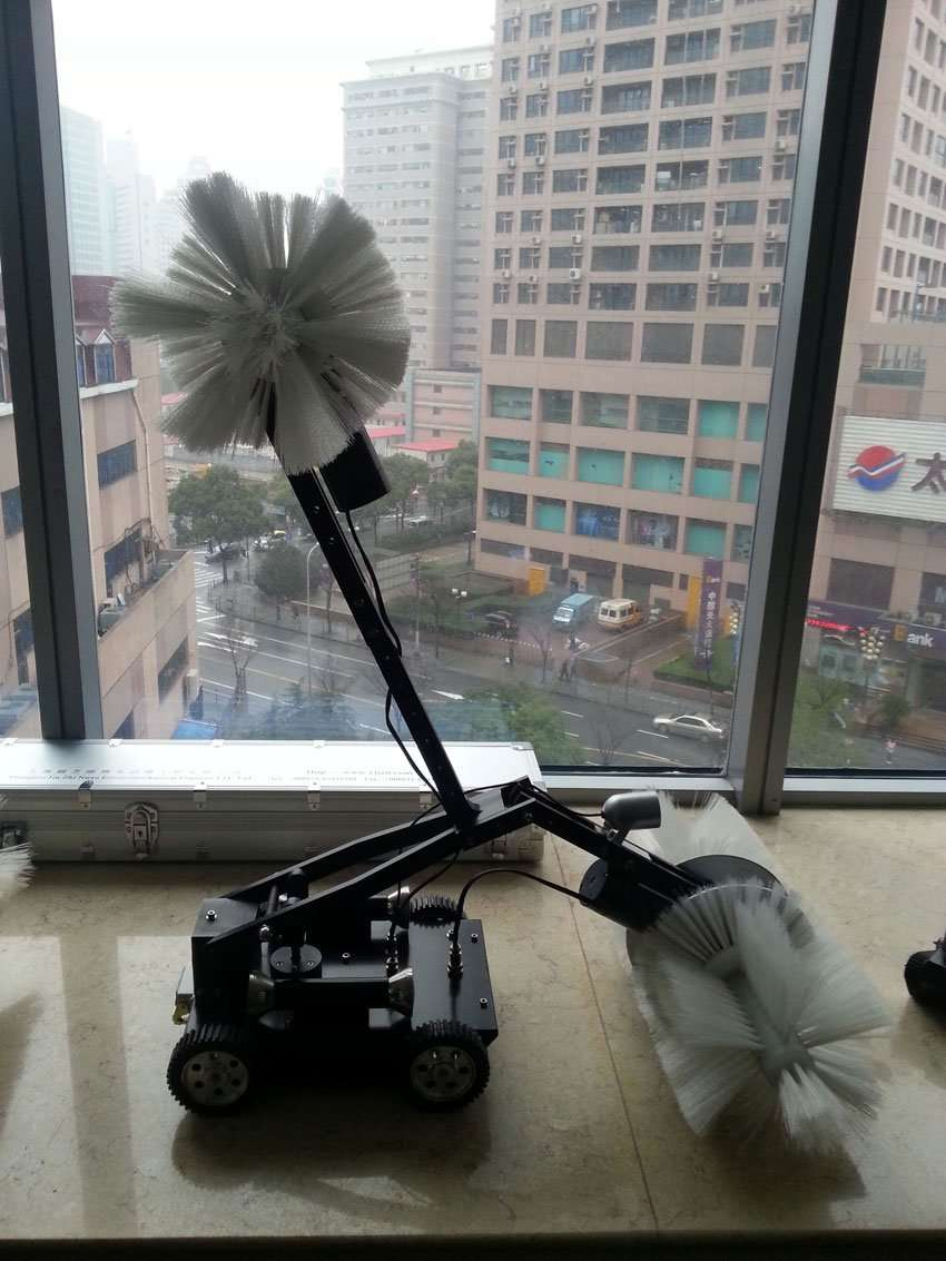 Air-Duct-Cleaning-large-Robot