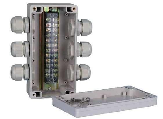 circuit-breaker-din-rail3