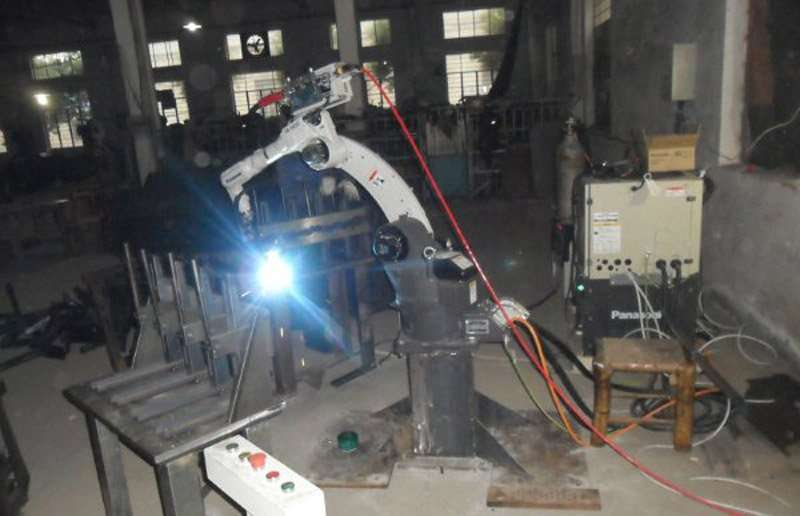 robot-automatic-welding