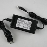 AC/DC ADAPTER,AC220V to DC12V 2A