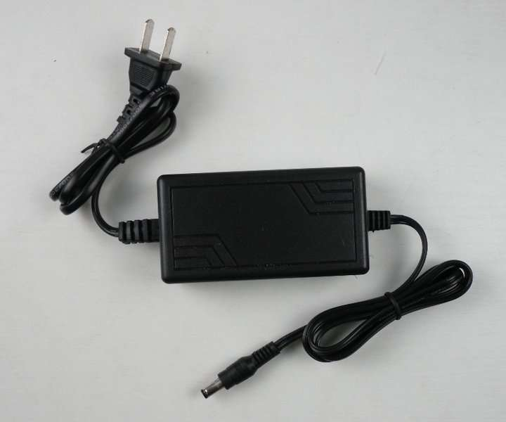 ACDC ADAPTER