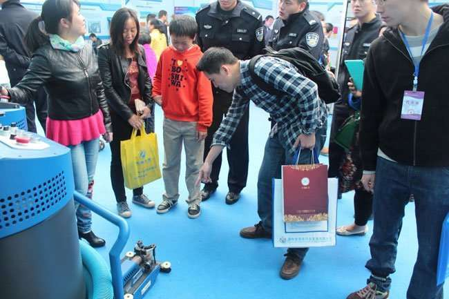 commerical duct cleaning robot exhibition