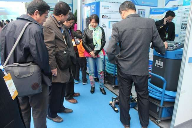 duct cleaning robot in refrigeration exhibition
