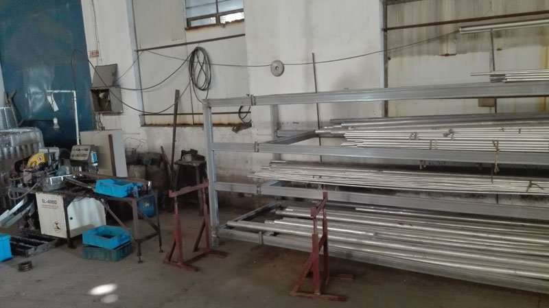 Automatic pipe and bar Cutting