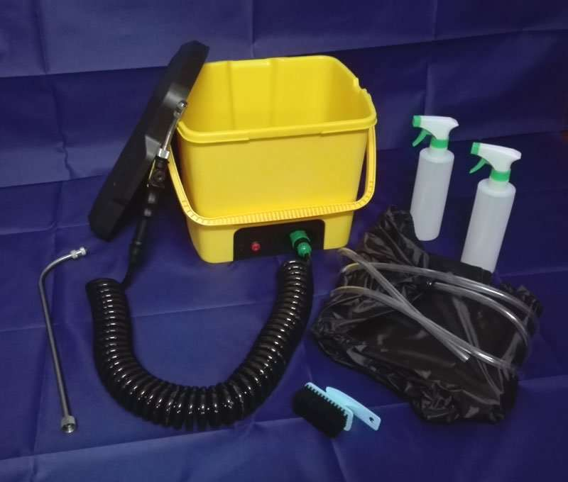 with cleaning auxiliary tool kit