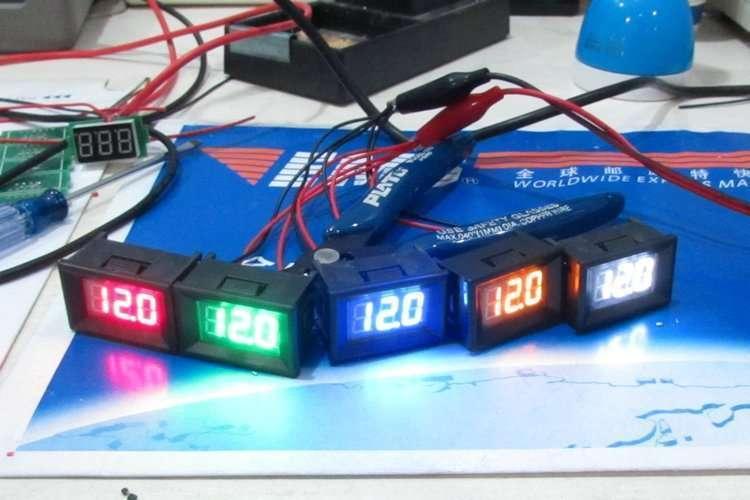 Mini Digital Voltage Displaying and Measuring Meter DC4.2-30V 7
