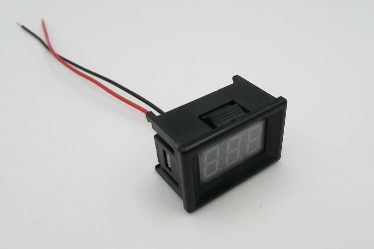 Mini Digital Voltage Displaying and Measuring Meter DC4.2-30V 1