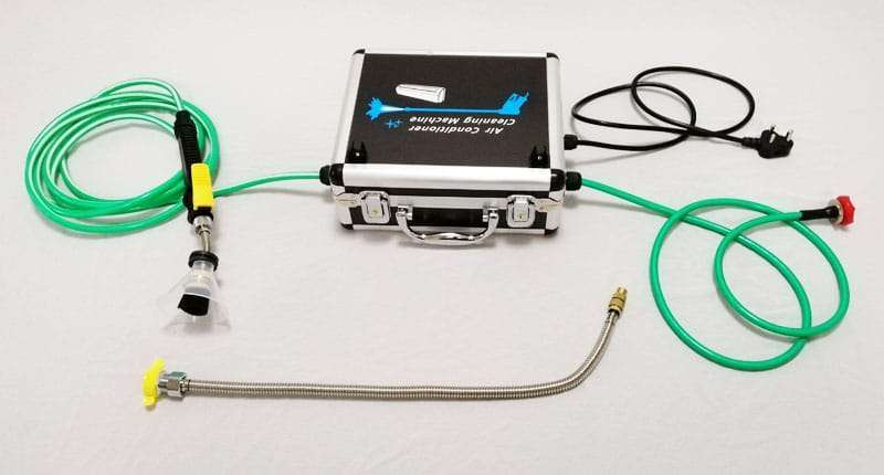 Integrated compact type air conditioner cleaning pump
