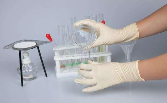 Disposable sanitaty gloves 14