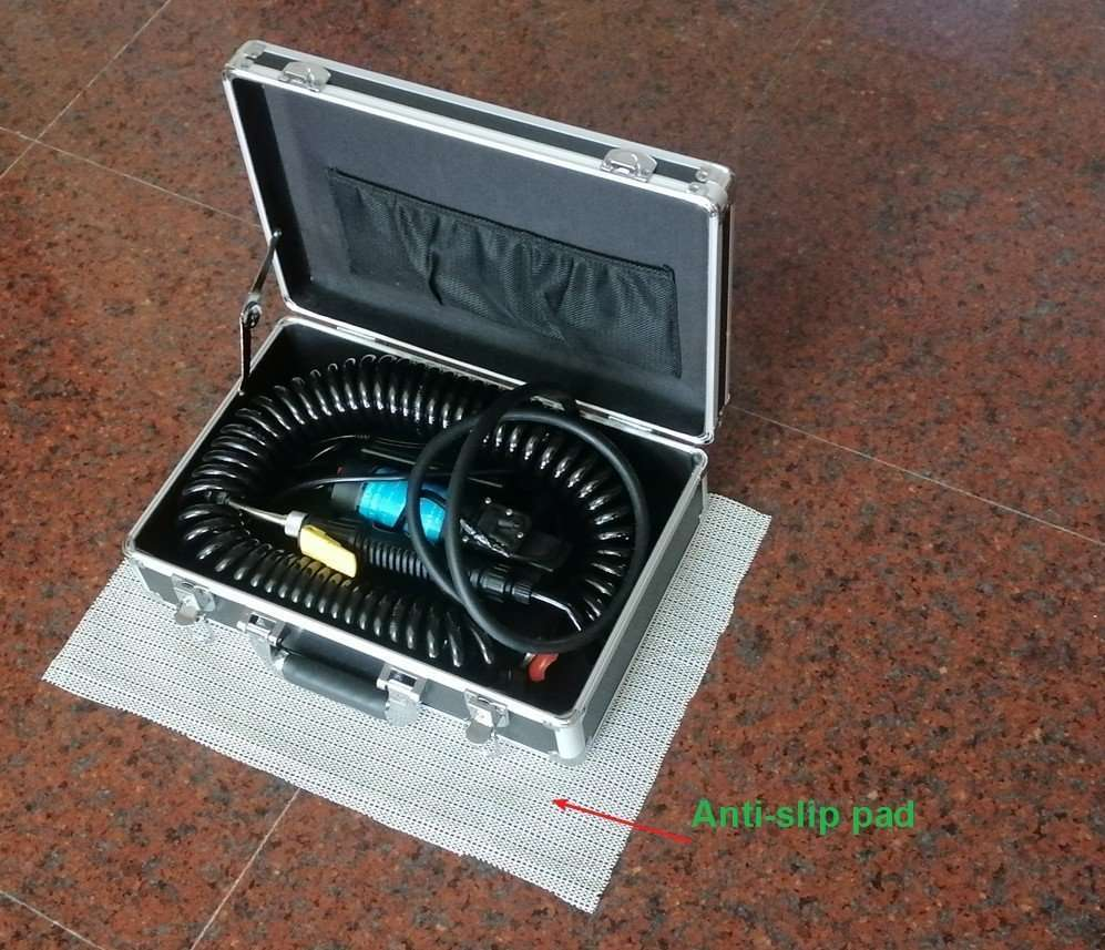 ac cleaning machine with antislip pad
